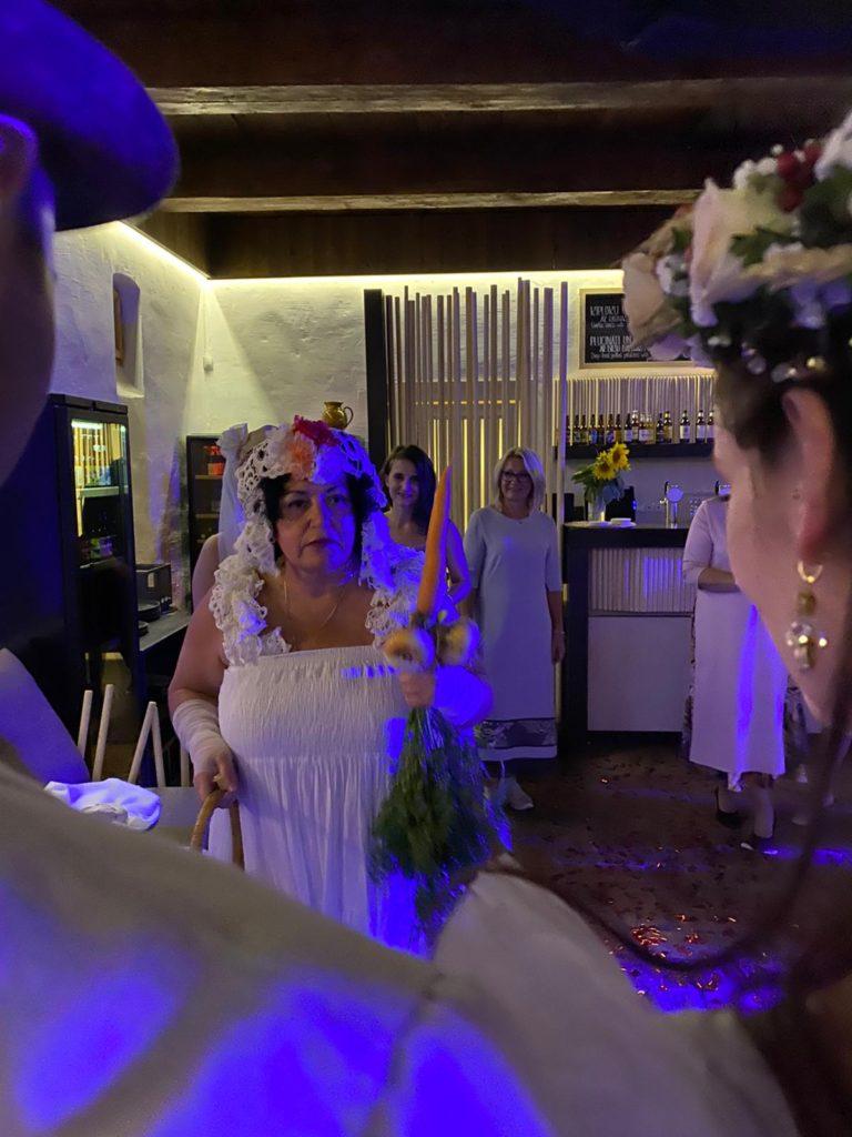 Kāzas-kāzu-plānošana-organizēšana-plānošana-kāzu-vadītājs